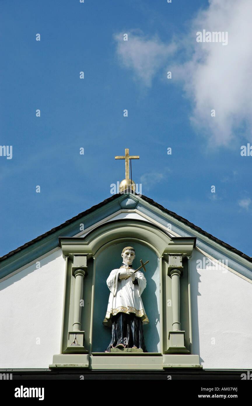 Façade, détail, l'école Sainte Marie, Brilon, Rhénanie du Nord-Westphalie, Allemagne Banque D'Images
