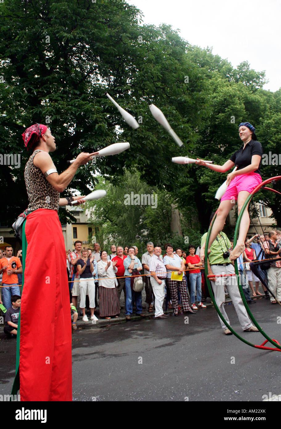 Les jongleurs au carnaval des cultures, Kreuzberg, Berlin, Allemagne Photo Stock