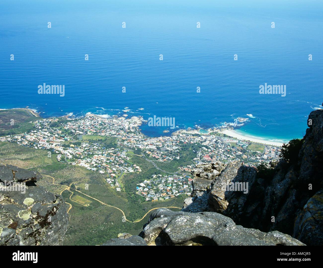 CAPE TOWN AFRIQUE DU SUD Octobre sur la ville Clifton et Camps Bay à partir du haut de la Montagne de la table Banque D'Images