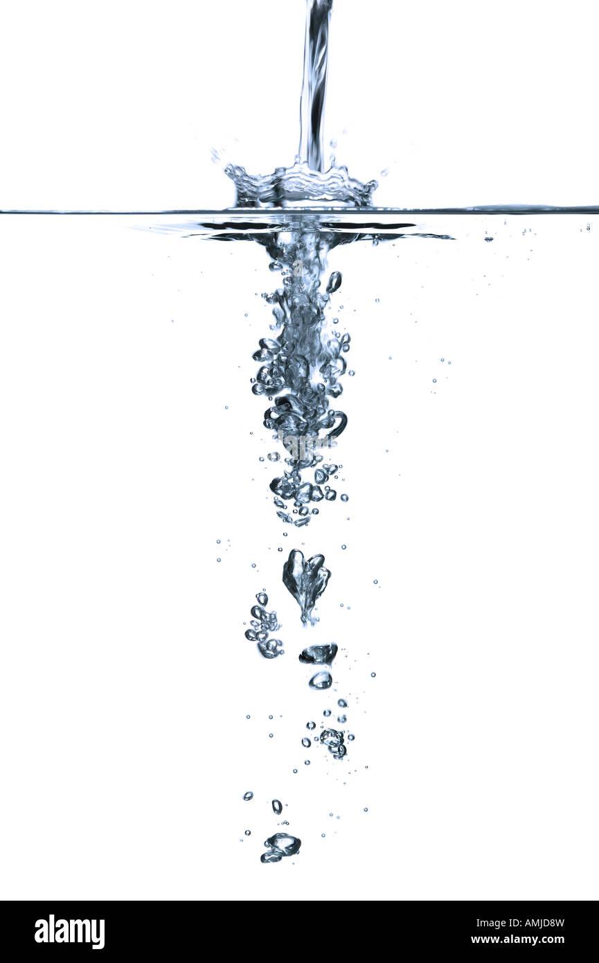 L'effet de l'eau courante au-dessus et au-dessous du niveau de la surface Photo Stock