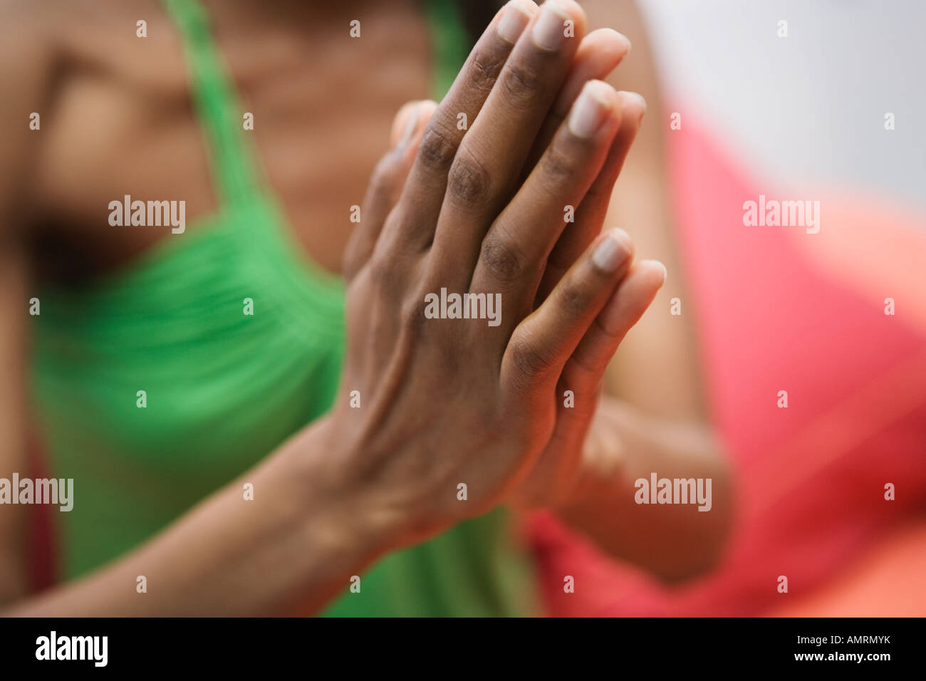 Close up of African woman's hands Banque D'Images