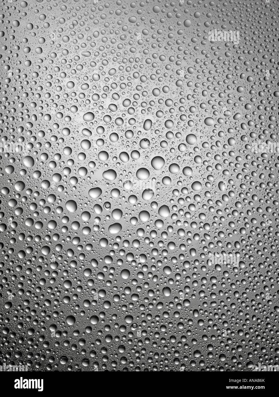 La condensation sur le verre gris Photo Stock
