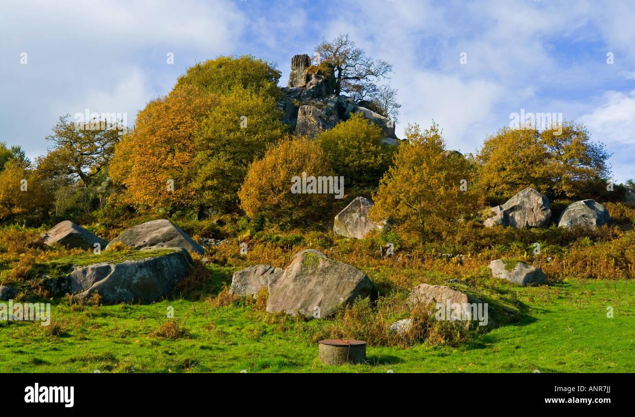 Robin Hood's Stride ou maquettes Beggar's Hall près de Birchover et Matlock dans le parc national de Photo Stock