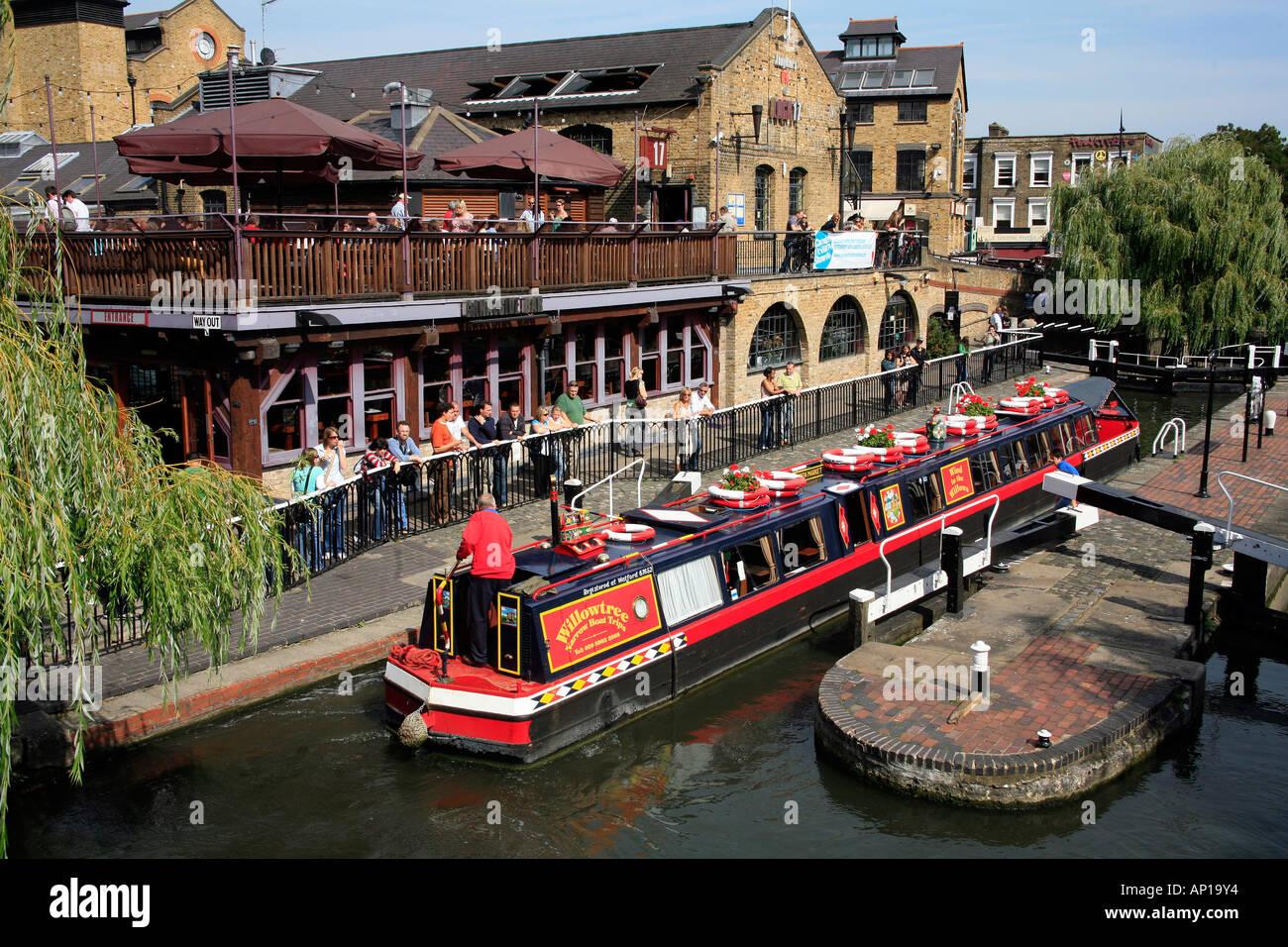 Marché de Camden Lock Canal et à Londres Photo Stock
