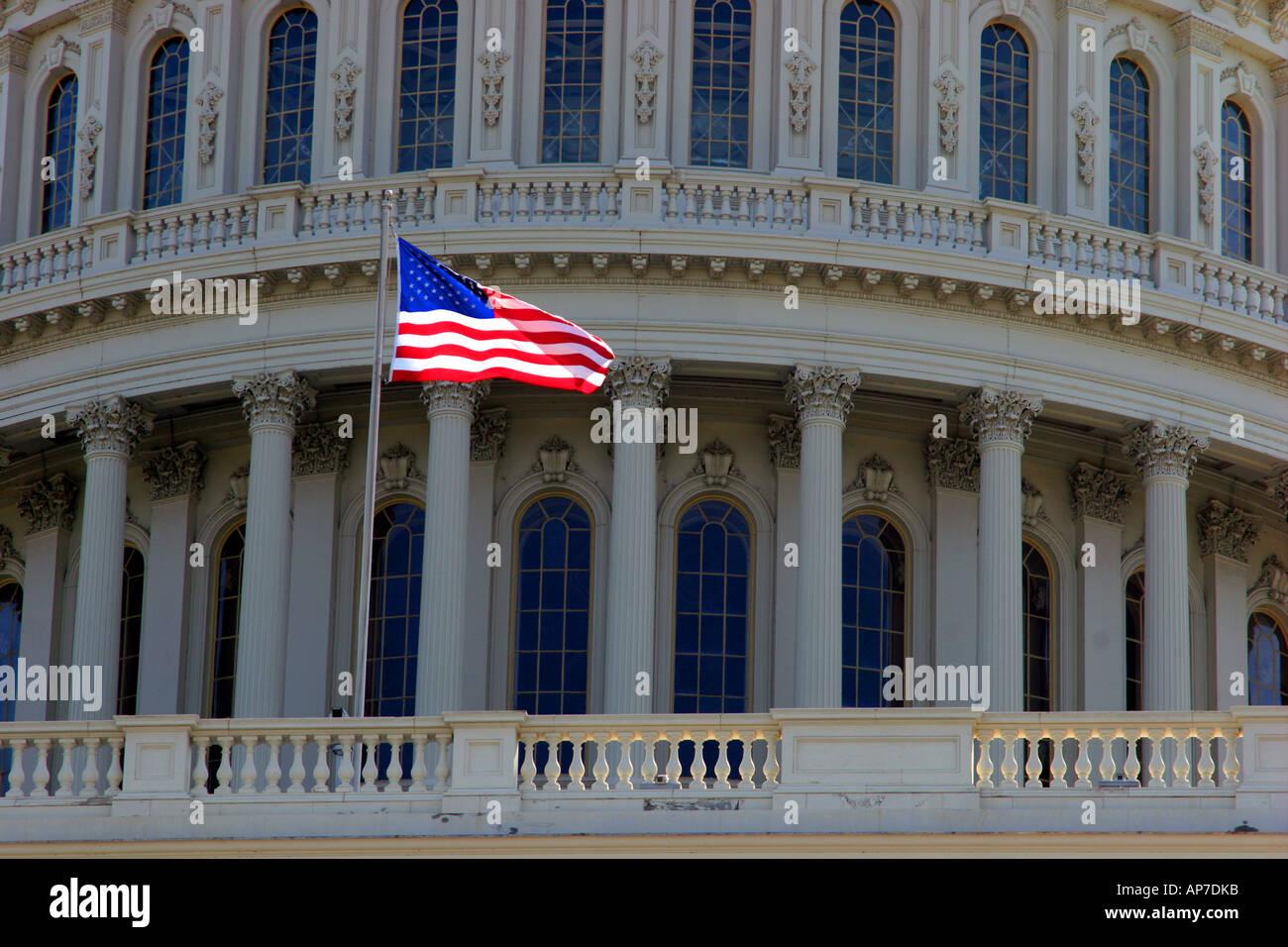 Us flag, capital building, washington dc Banque D'Images