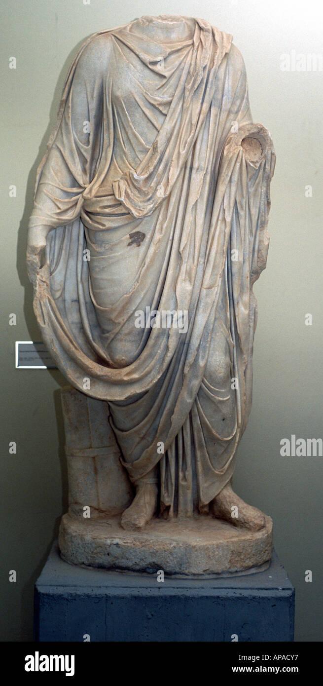 Statue sans tête de la figure féminine, période romaine, la Libye Photo Stock
