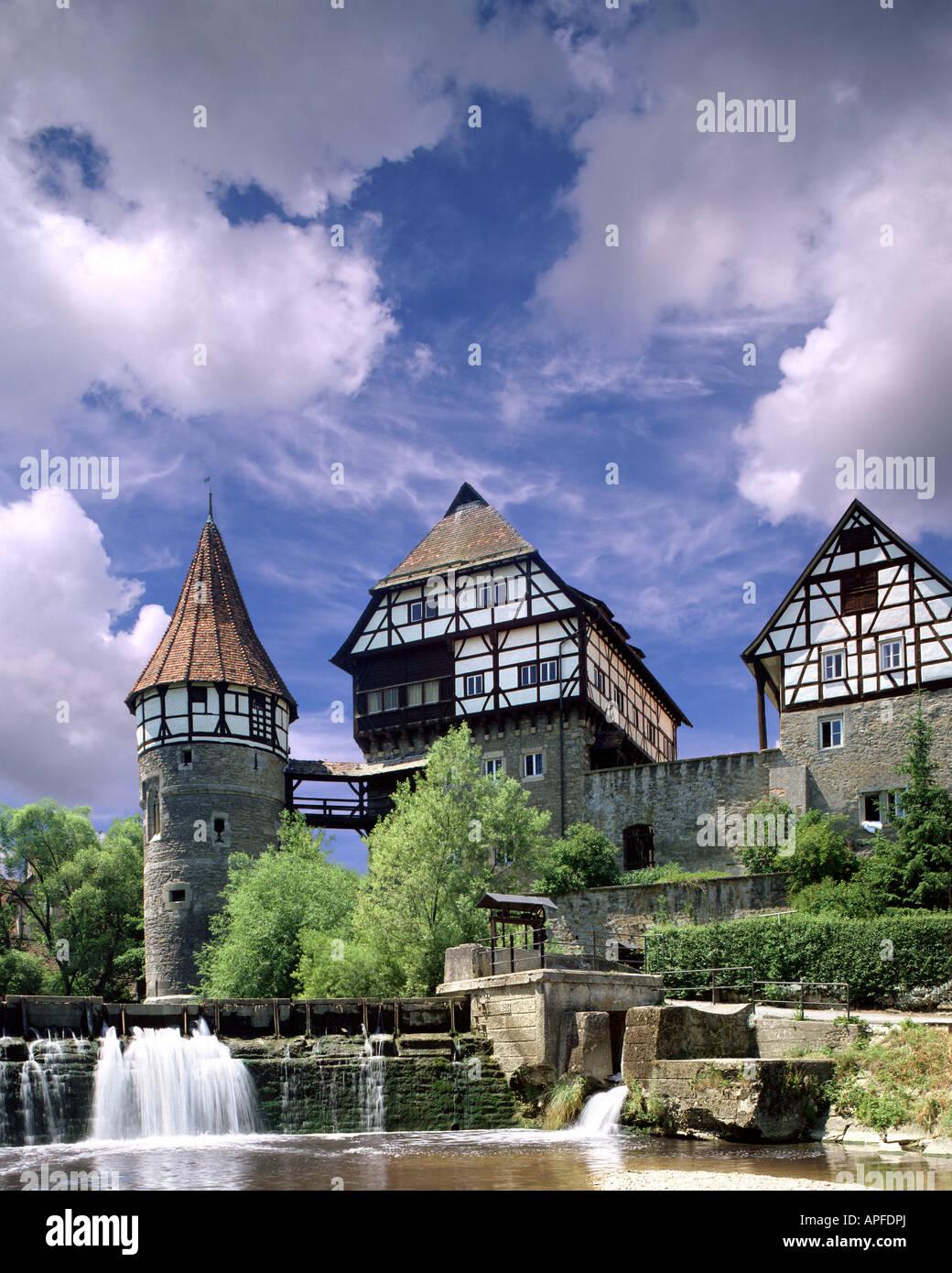 DE - BADE-WURTEMBERG: Le château à Balingen et rivière Eyach, Photo Stock