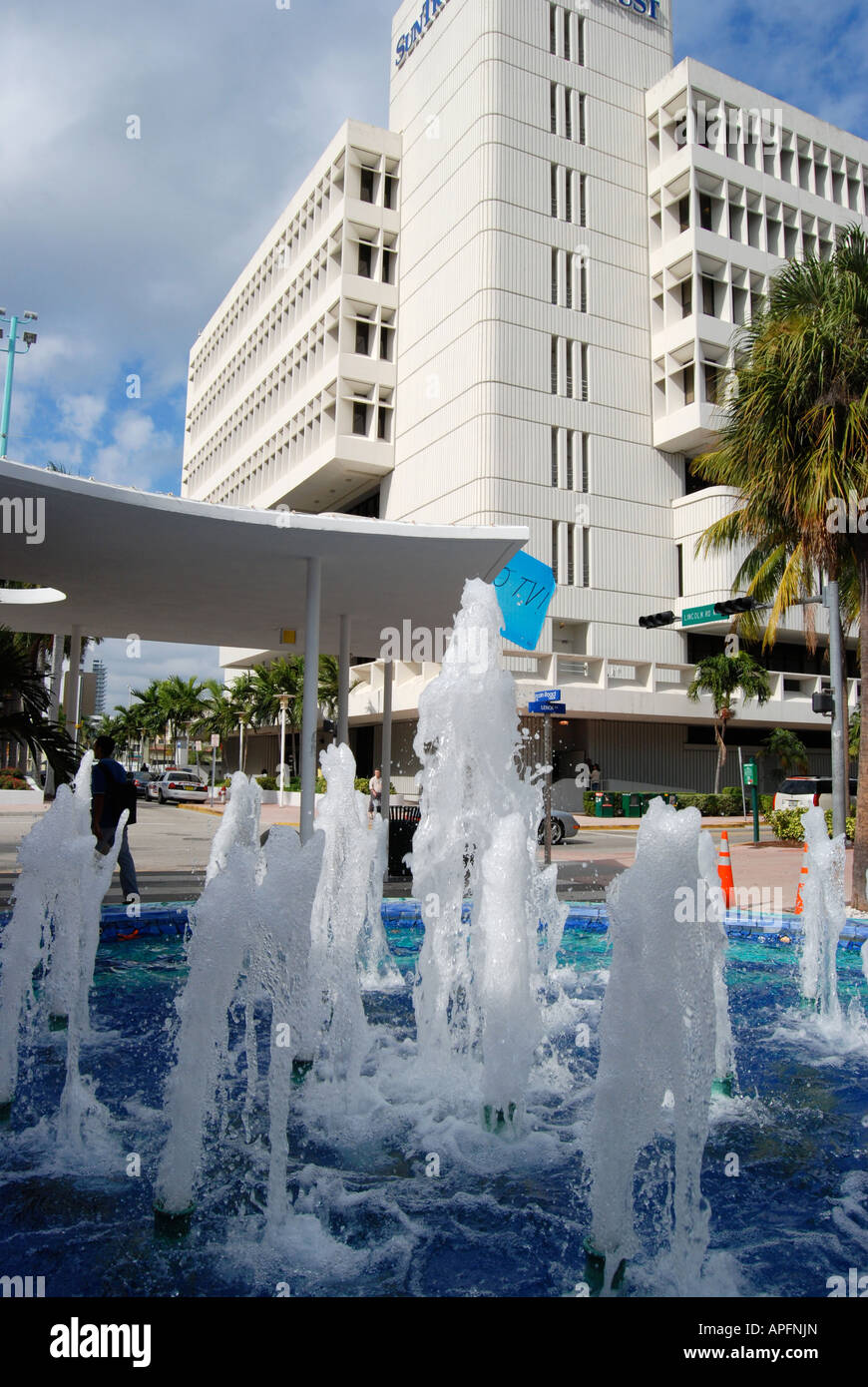 Fontaines sur Lincoln Road, Miami Beach, États-Unis Photo Stock
