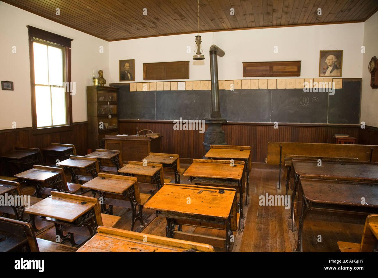 Bureaux en bois rockford illinois avec inkwell pour les étudiants
