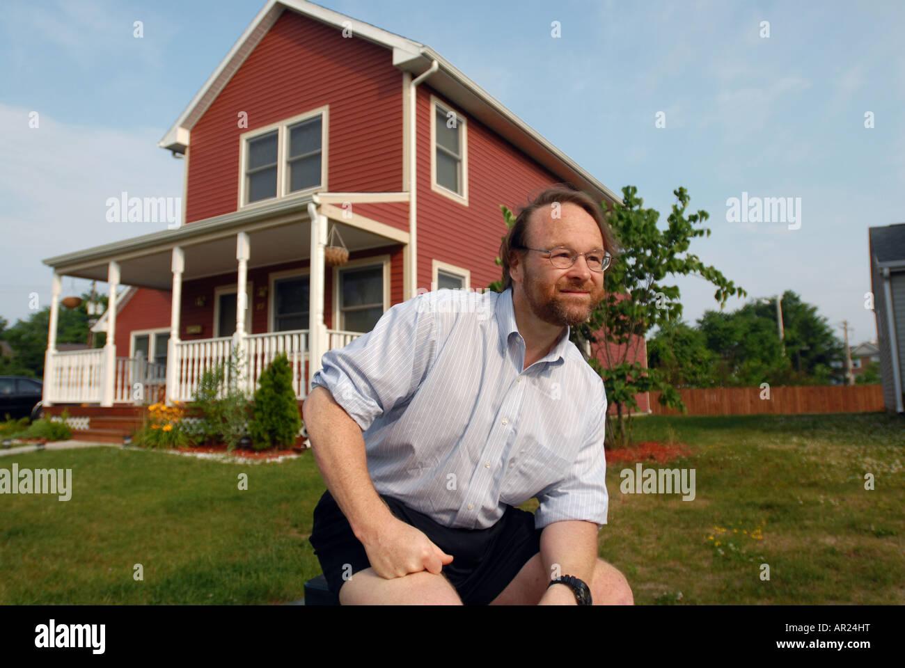 Un architecte d'une maison, il conçu dans un développement du logement à faible revenu dans la Photo Stock