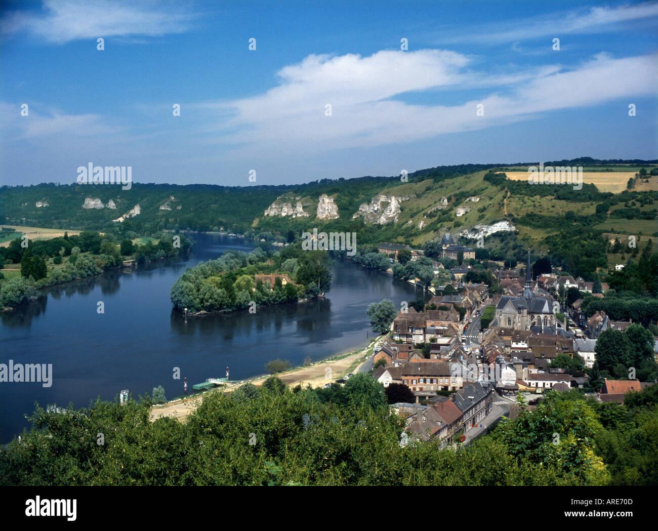 Les Andelys La Seine Et Eure France Haute Normandie Photo Stock Alamy