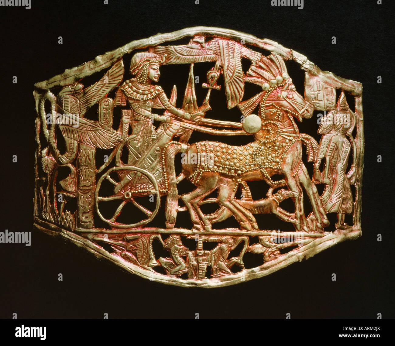 Rouge-or ajouré objet, à partir de la tombe du pharaon Toutânkhamon Photo Stock