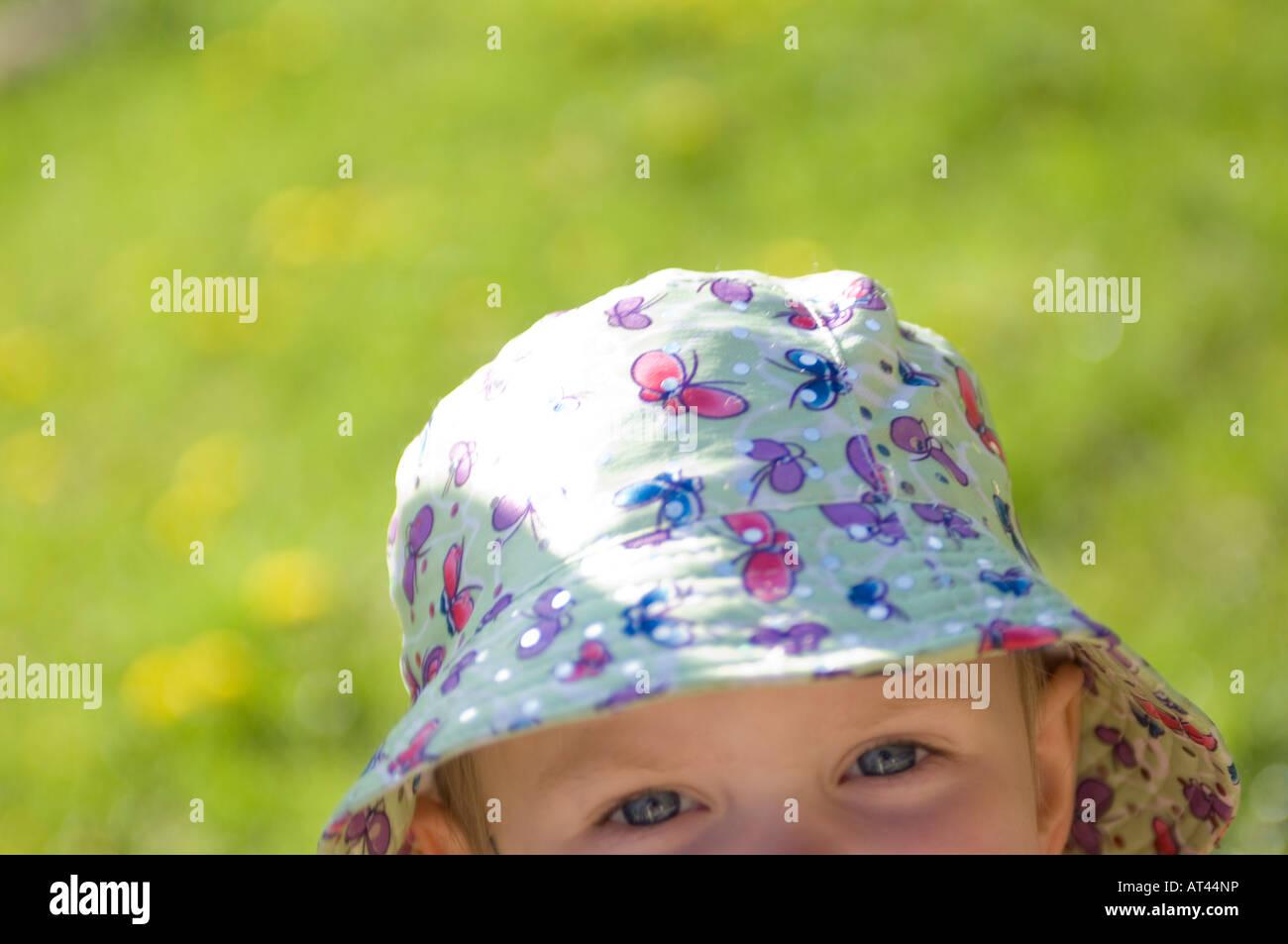 Enfant avec un chapeau Photo Stock