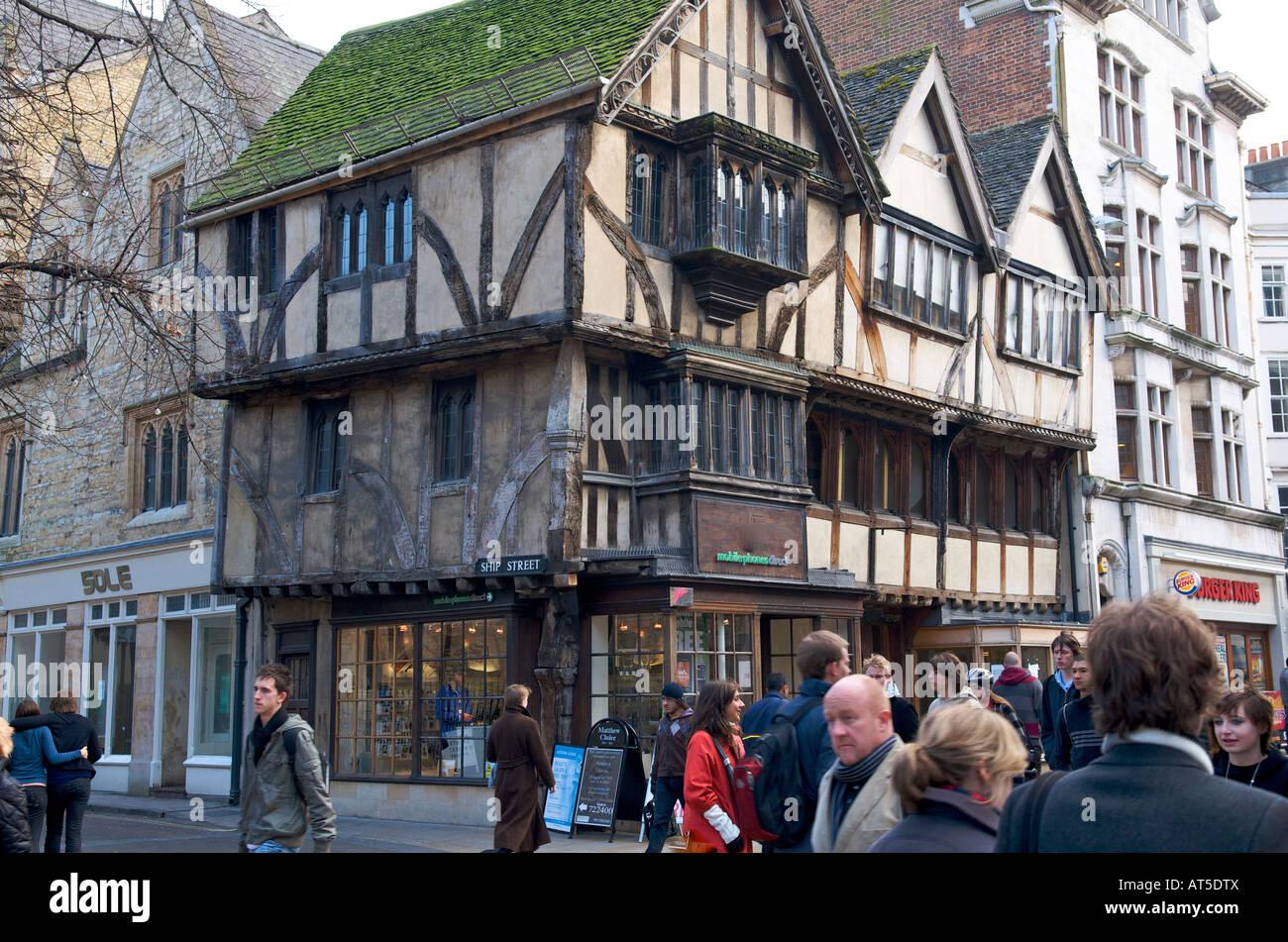 Maison ancienne dans Cornmarket Street Oxford Photo Stock