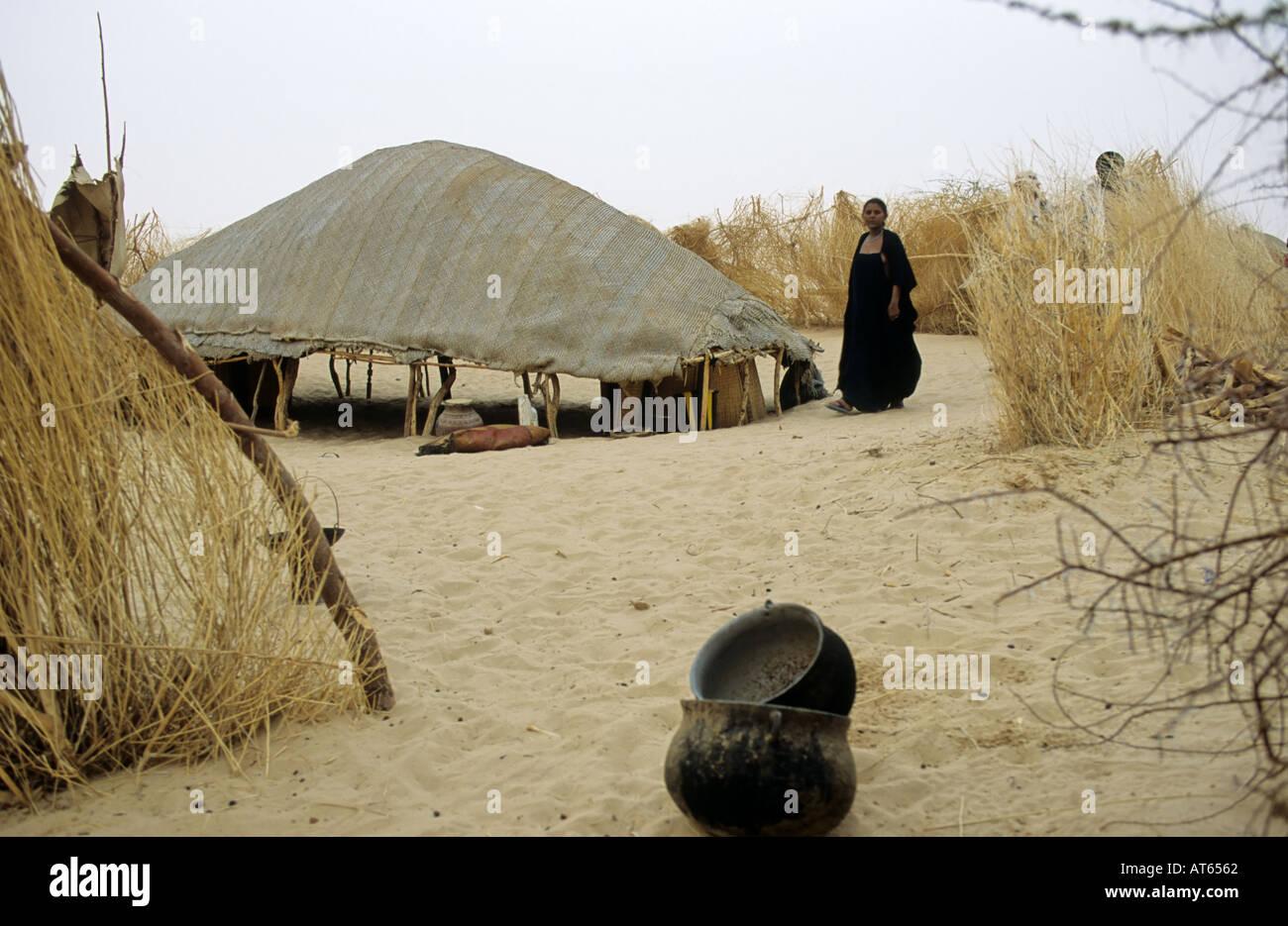 C& touareg Tombouctou (Tombouctou) Mali Photo Stock & Tuareg Tent Photos u0026 Tuareg Tent Images - Alamy