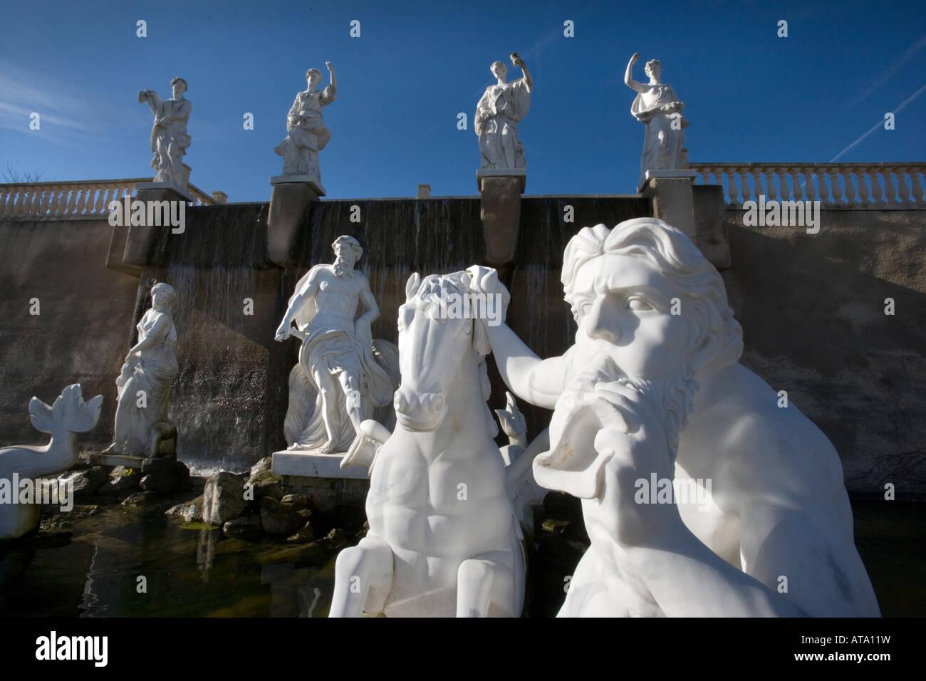 Imitation de la fontaine de Trevi de Rome au plaisir de motifs, Mondo Verde Landgraaf, Pays-Bas Banque D'Images