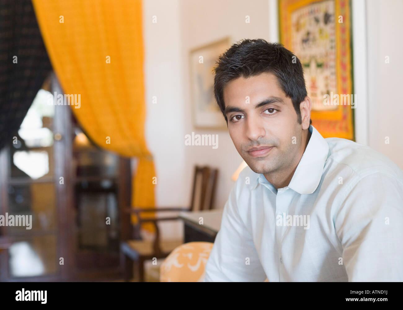 Portrait d'un jeune homme Banque D'Images
