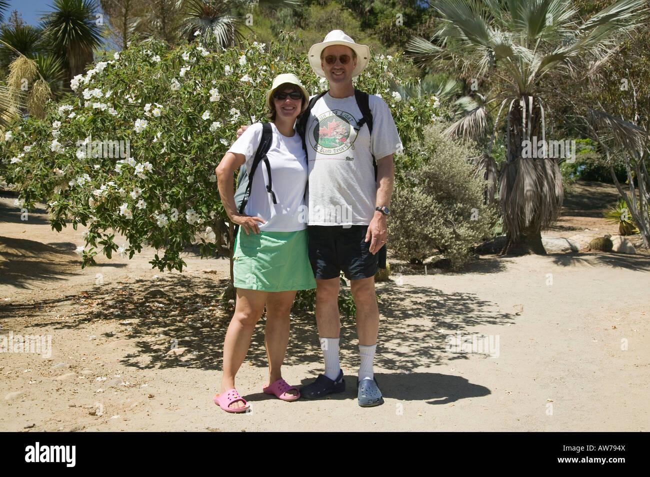 Couple dans le jardin désert Balboa Park, San Diego, California, USA Photo Stock