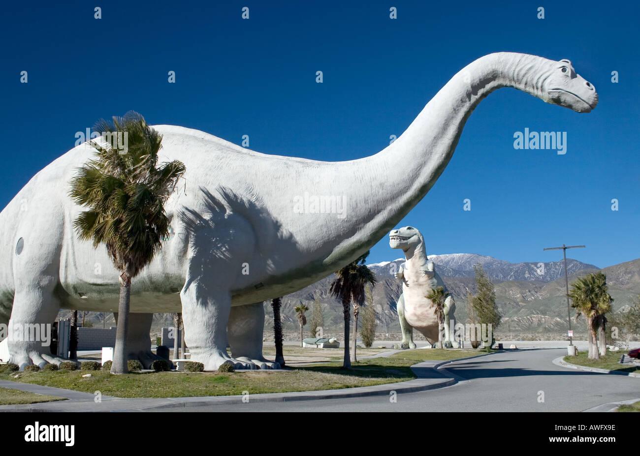 Le monde s plus grands dinosaures sont situés à Cabazon Californie, à l'ouest de Palm Springs Banque D'Images
