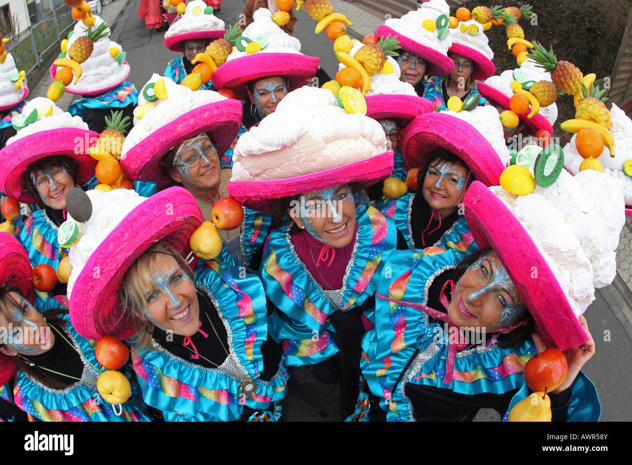 Défilé de Mardi Gras à Muelheim-Kaerlich, Rhénanie-Palatinat, Allemagne: Photo Stock