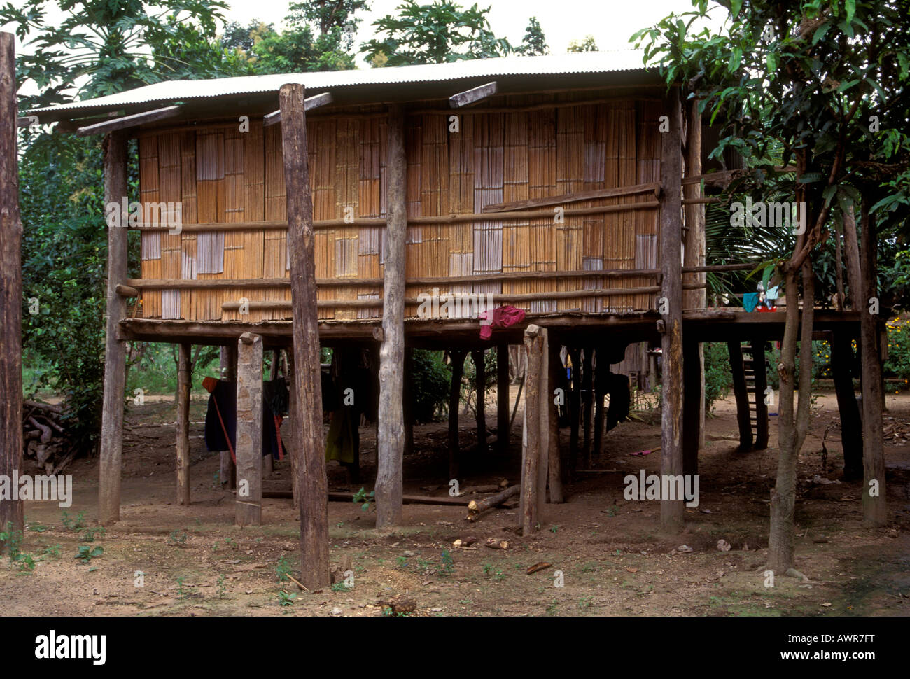 lisu hilltribe photos lisu hilltribe images alamy. Black Bedroom Furniture Sets. Home Design Ideas
