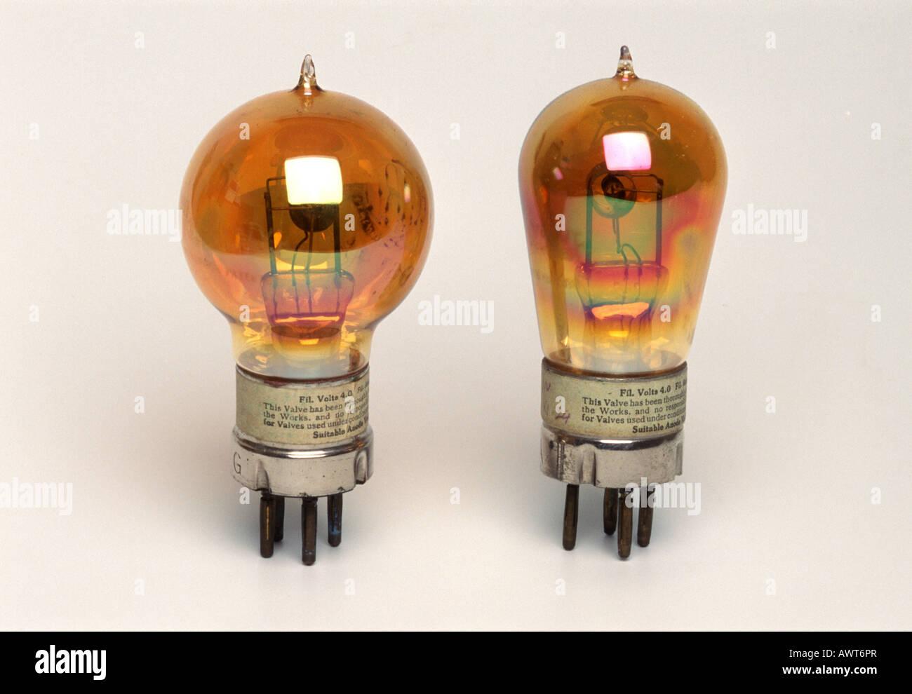 Début de lampes, tubes à vide ou des soupapes Photo Stock