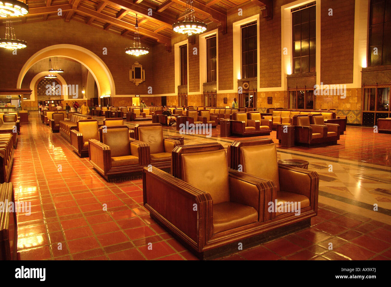 Los Angeles l'intérieur du hall de la gare Union au décor des années 1940 Banque D'Images