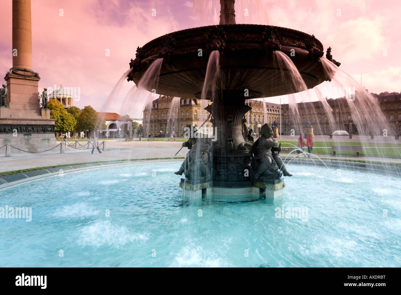 Allemagne, Stuttgart, Fontaine à la Schlossplatz Photo Stock