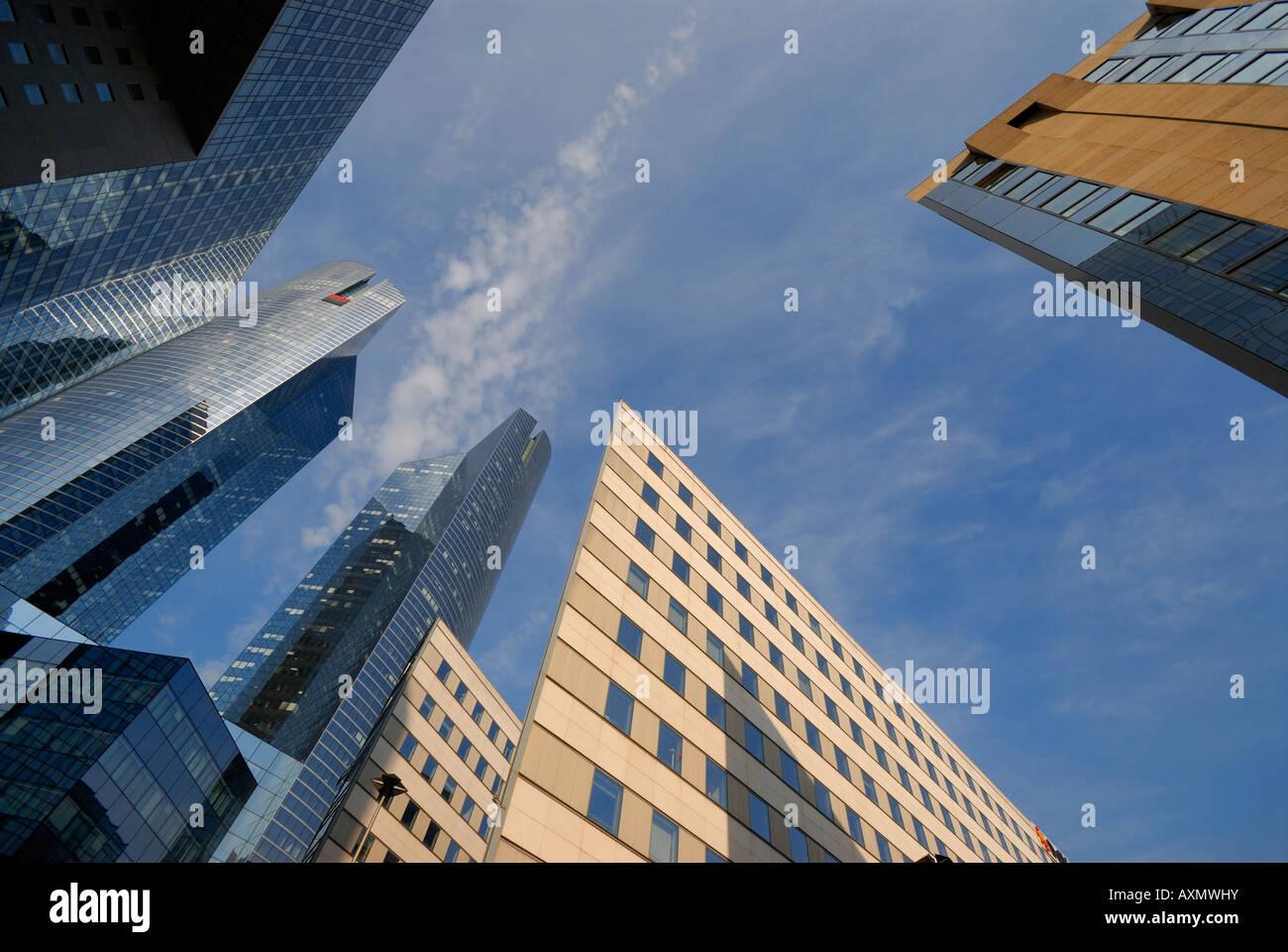 Gratte-ciel en quartier financier de la Défense Paris France Photo Stock