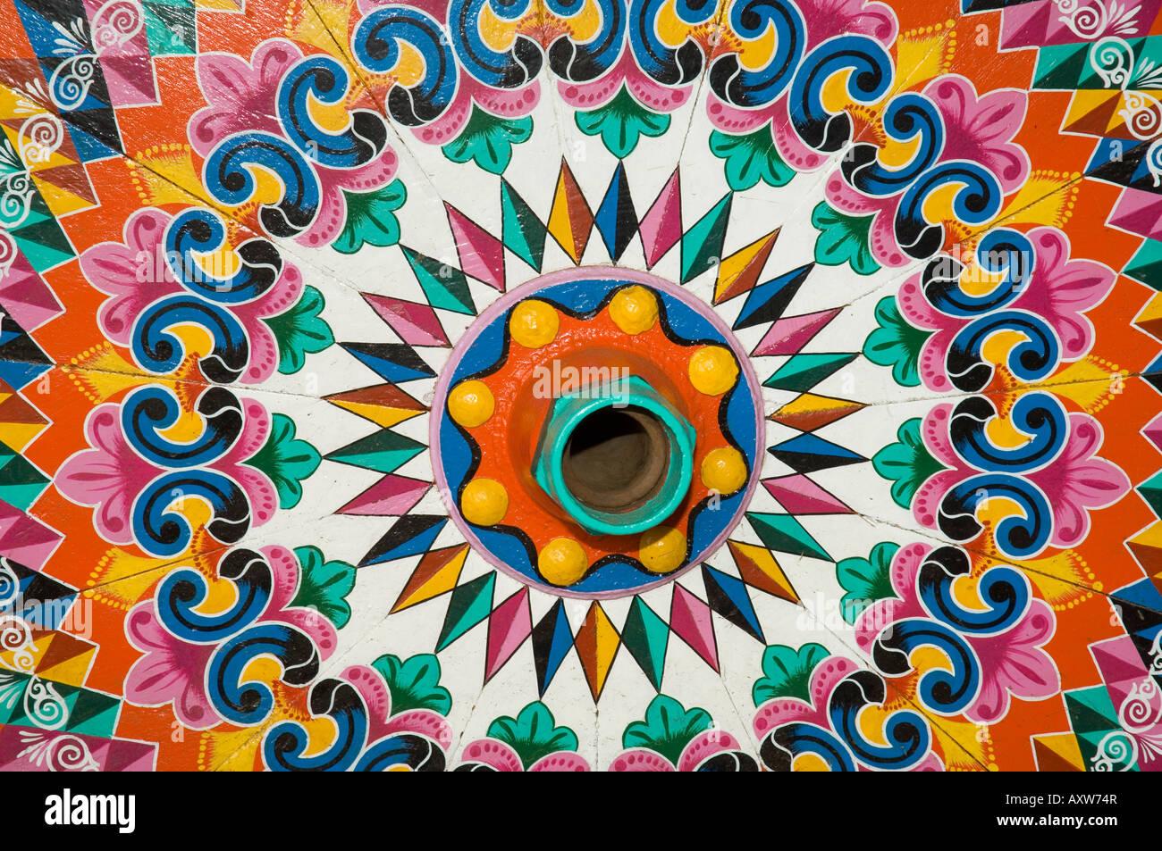 L'artisanat ville de Sarchi célèbre pour sa peinture décorative et de charrettes à bœuf Photo Stock