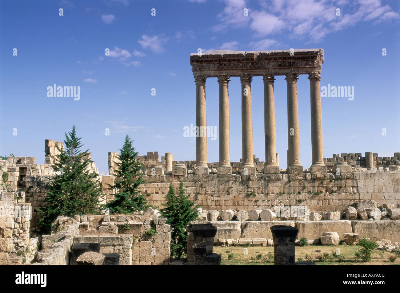 Temple romain de Jupiter, Baalbek, site archéologique, site du patrimoine mondial de l'UNESCO, vallée Photo Stock
