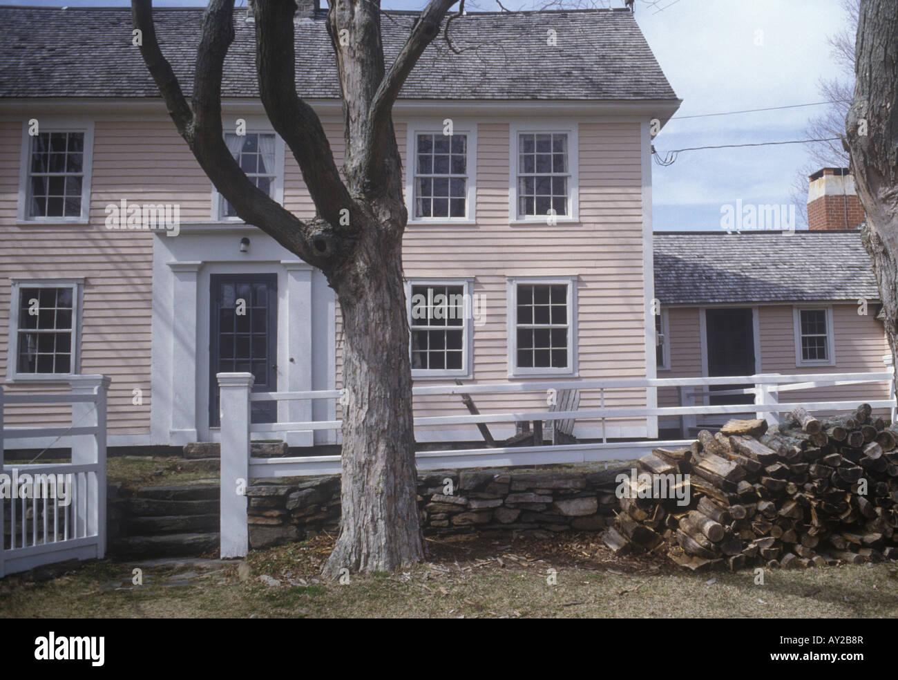 Style Nouvelle Angleterre nouvelle angleterre clap style colonial ferme dans le connecticut