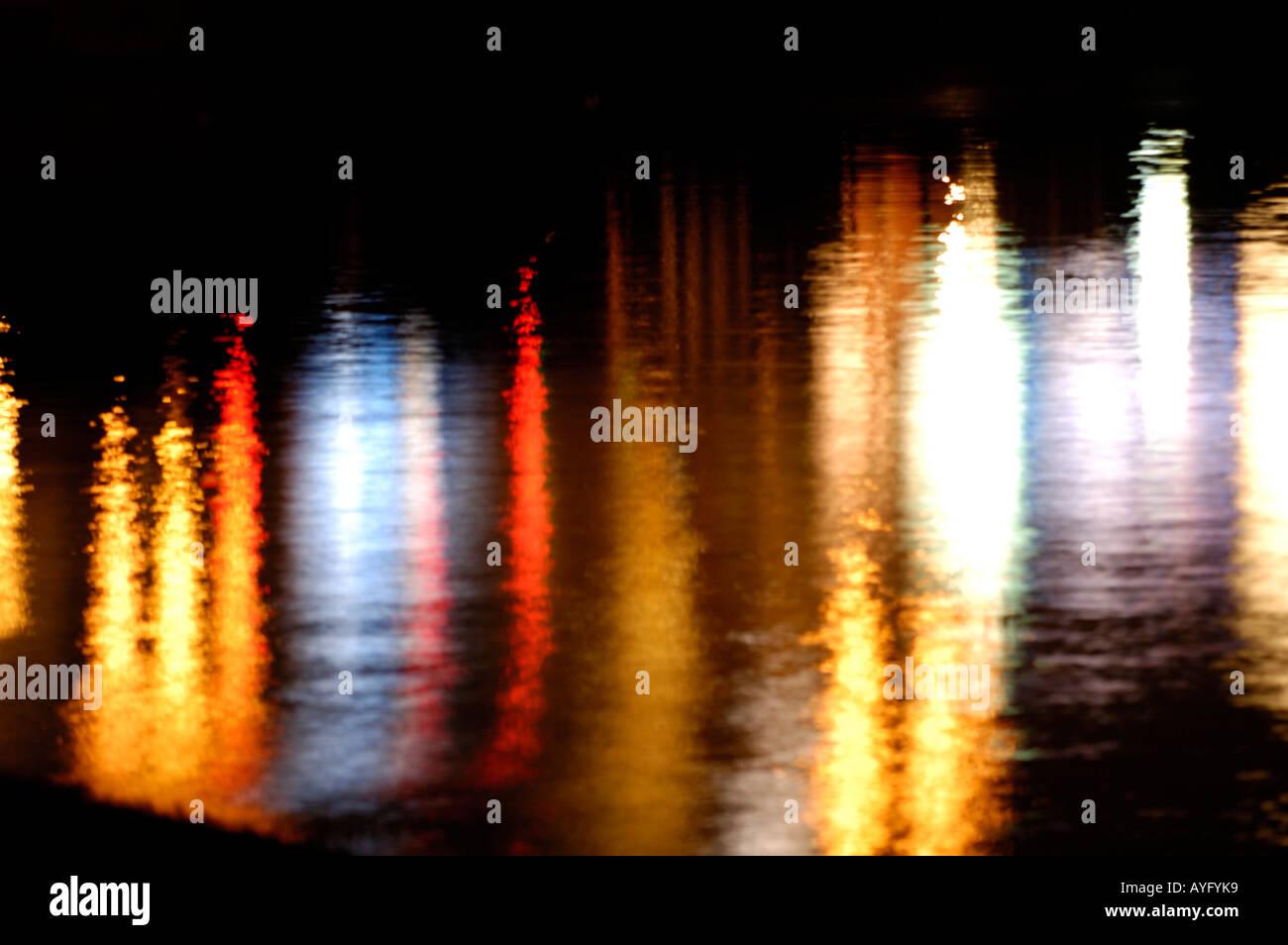Reflet des réverbères Photo Stock