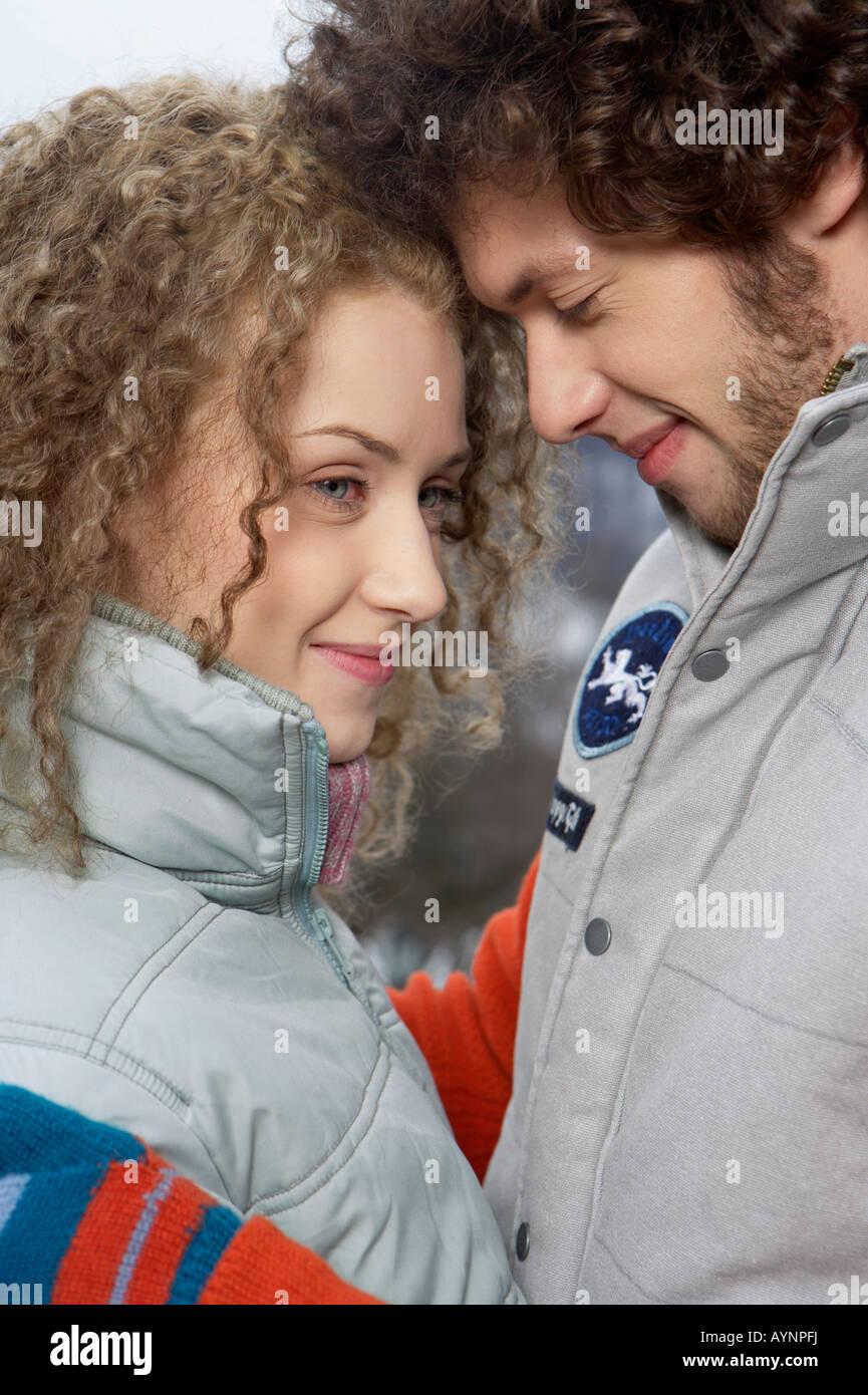 Jeune couple hétérosexuel, close-up Photo Stock
