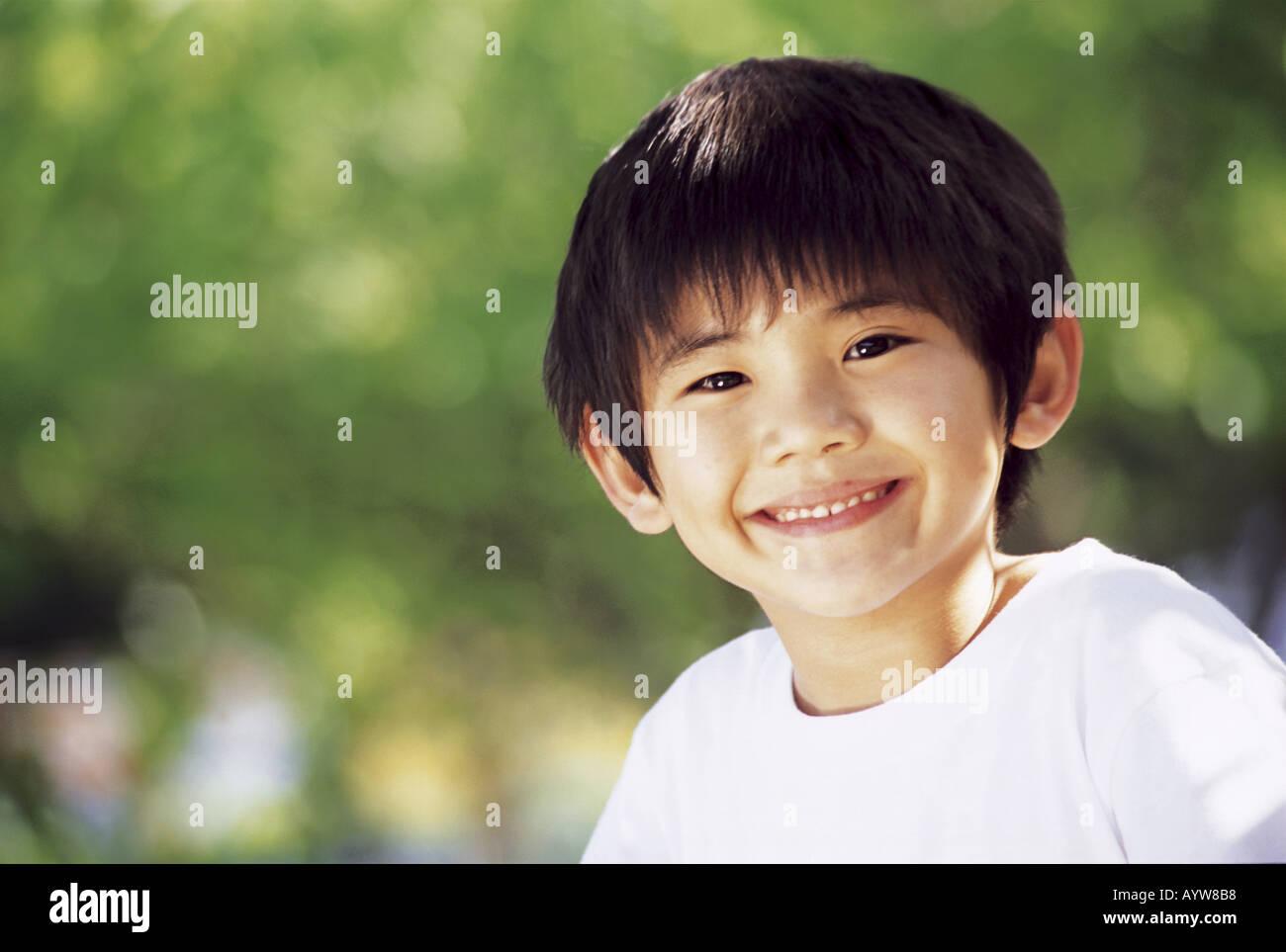 Visage de smiling boy Banque D'Images