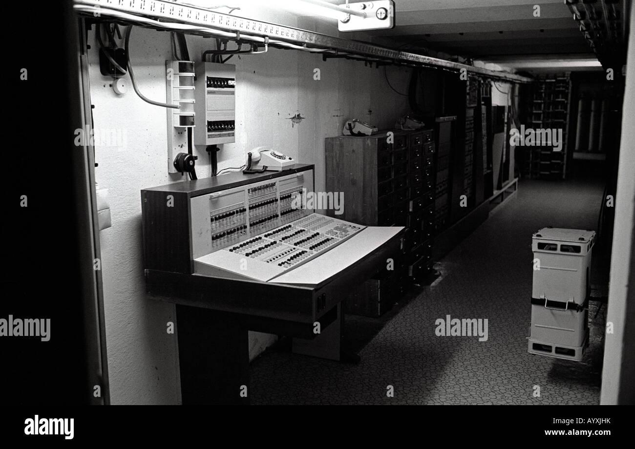Allemagne DDR SECRET BUNKER STASSI GUERRE FROIDE MUR DIVISER Photo Stock