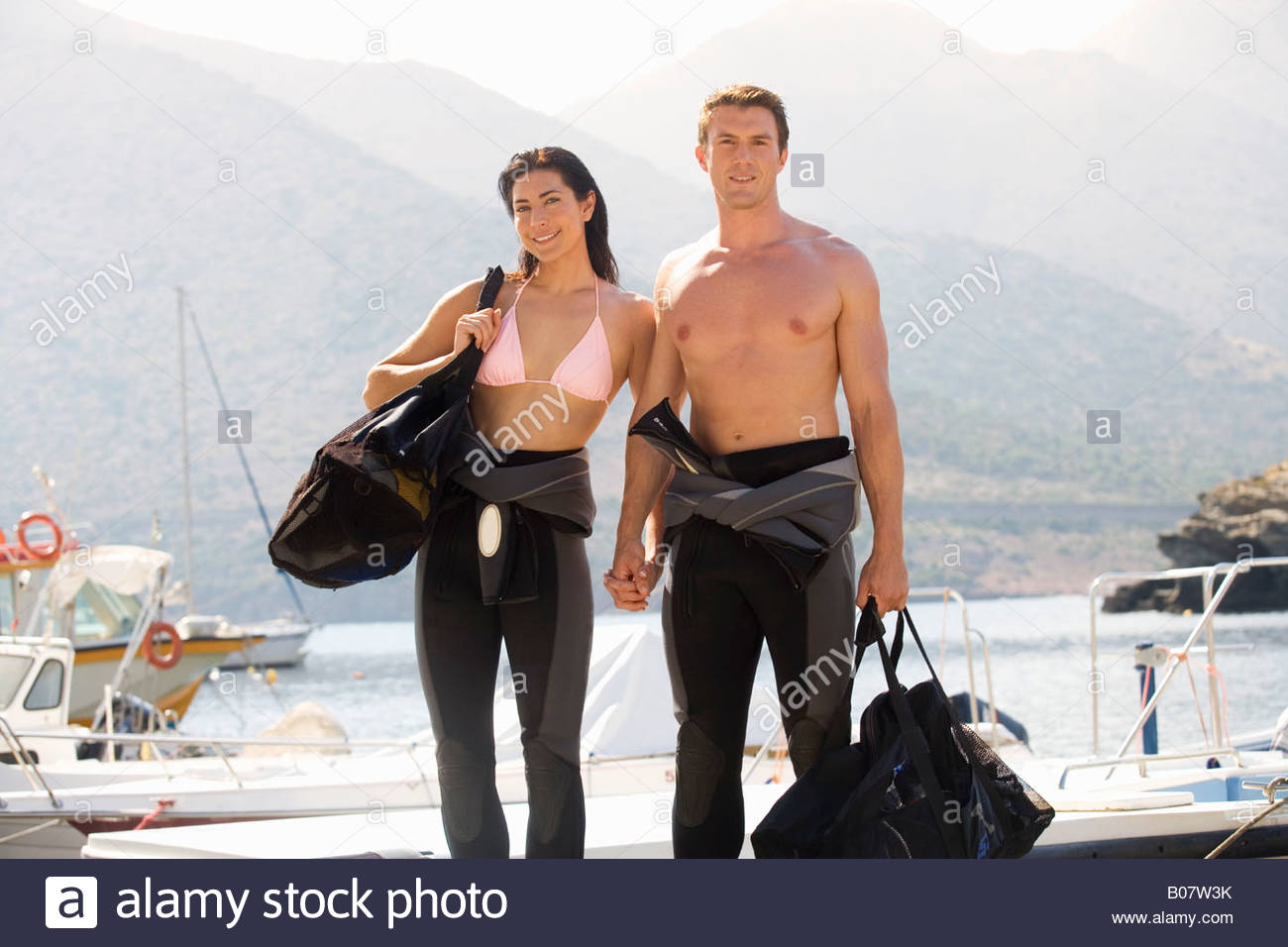 Un couple going scuba diving Photo Stock