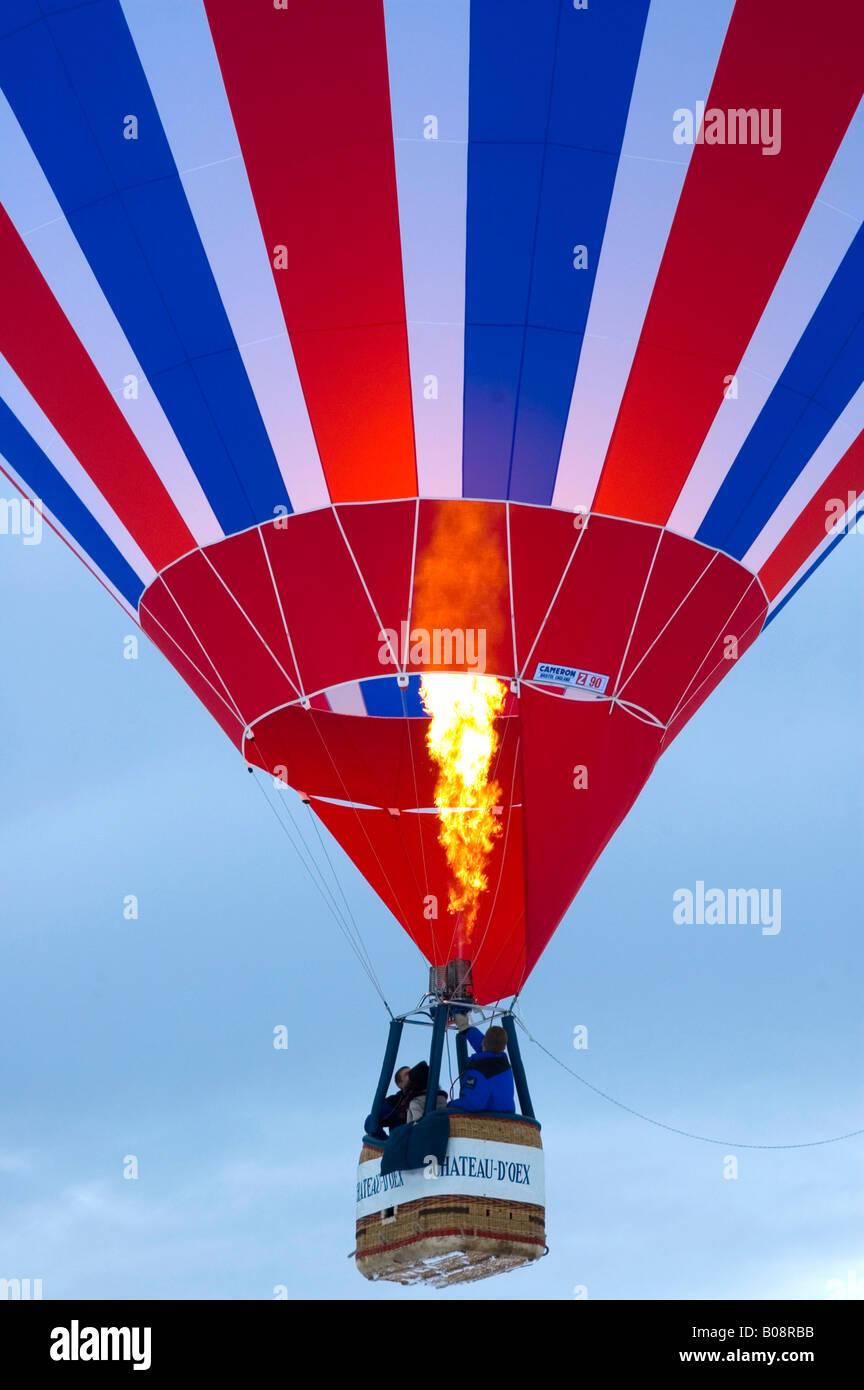 Ordre croissant de montgolfières, International de montgolfières à Château-d'Oex, Vaud, Suisse Banque D'Images