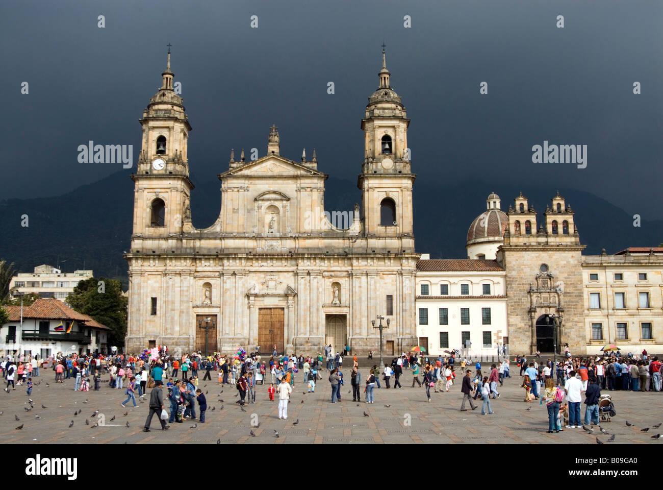 La cathédrale principale sur la Place Bolivar de Bogota Colombie Photo Stock