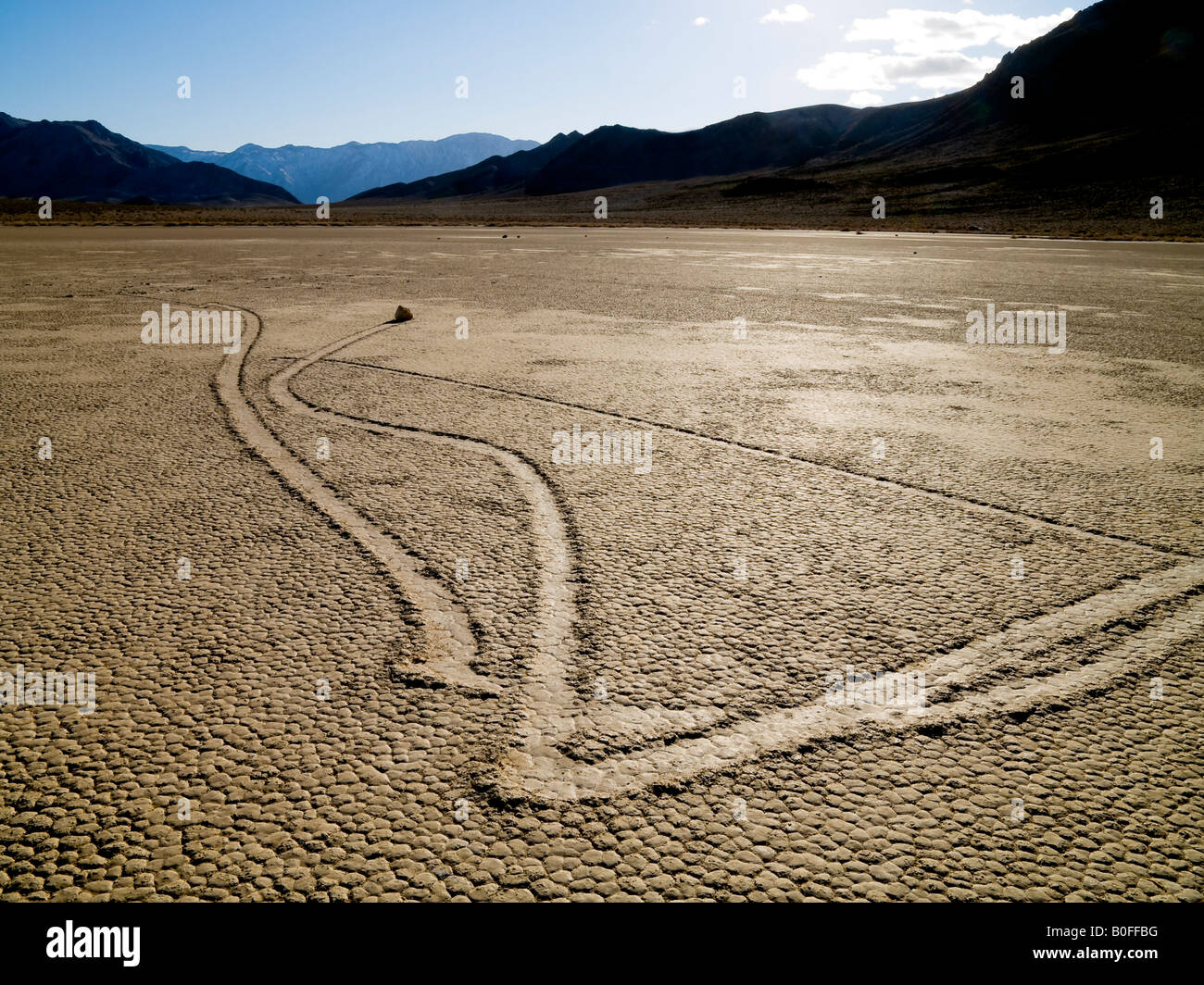 Les Rochers roulant Racetrack Death Valley National Park Californie Nevada USA Photo Stock