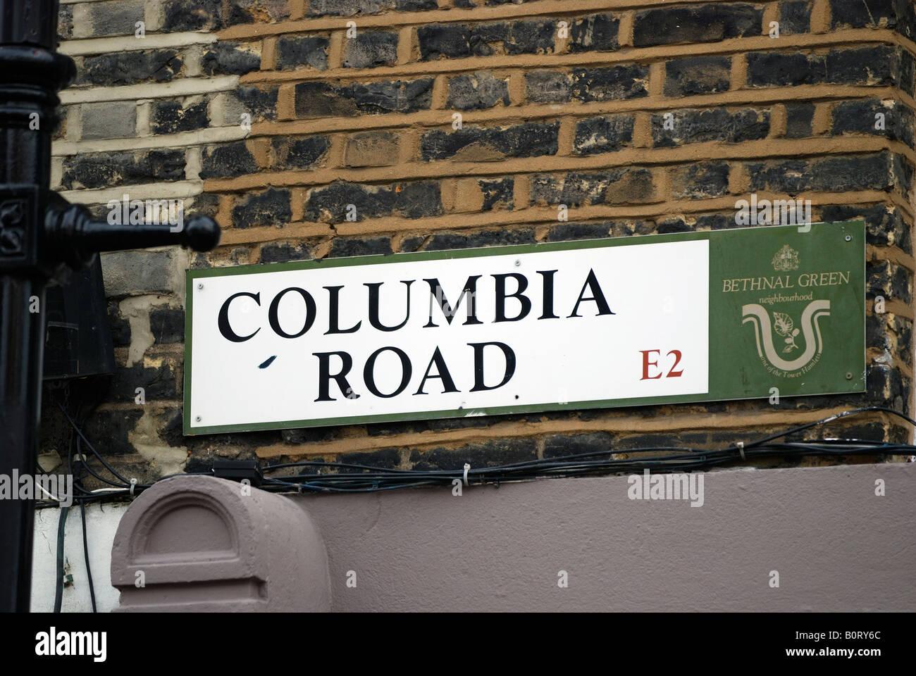 Plaque de rue sur mur de brique Columbia Road Market EAST LONDON Photo Stock