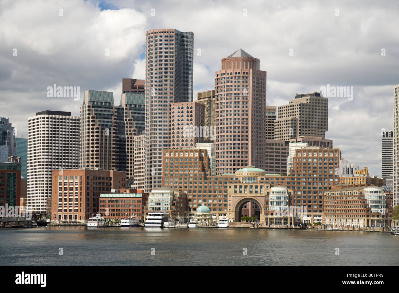 Toits de Boston et du port Photo Stock
