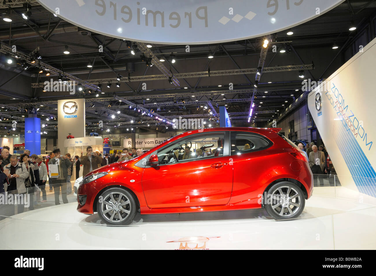 Stand d'information Mazda, Mazda 2, AMI Automobil International, International Auto Show, Leipzig, Saxe, Allemagne Photo Stock