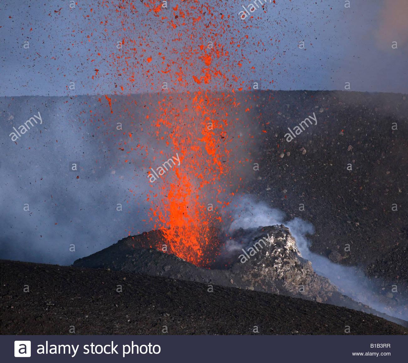 L'Italie, le volcan Stromboli, éruptions volcaniques Photo Stock