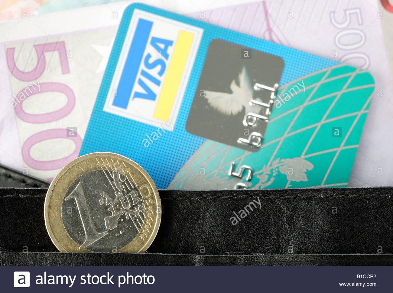 Euros 500 Et Carte En De Un Crédit Visa Pièce Dans Bank Note Euro kluTOXZwPi