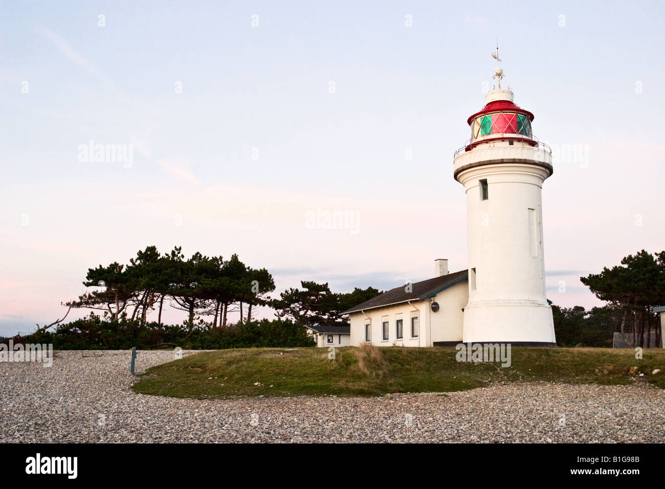 Le phare sur la plage Banque D'Images