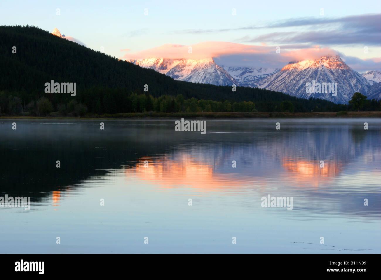 L'aube sur la rivière Snake, parc national de Grand Teton, Wyoming Banque D'Images