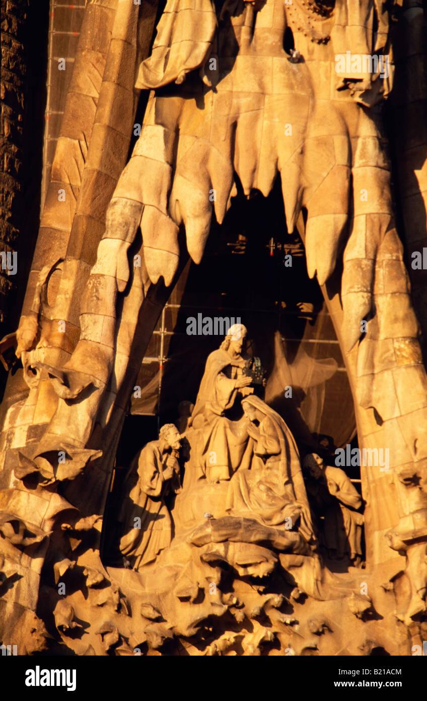Sagrada Familia détail façade nord un Gaudi Barcelona La Catalogne Espagne Banque D'Images