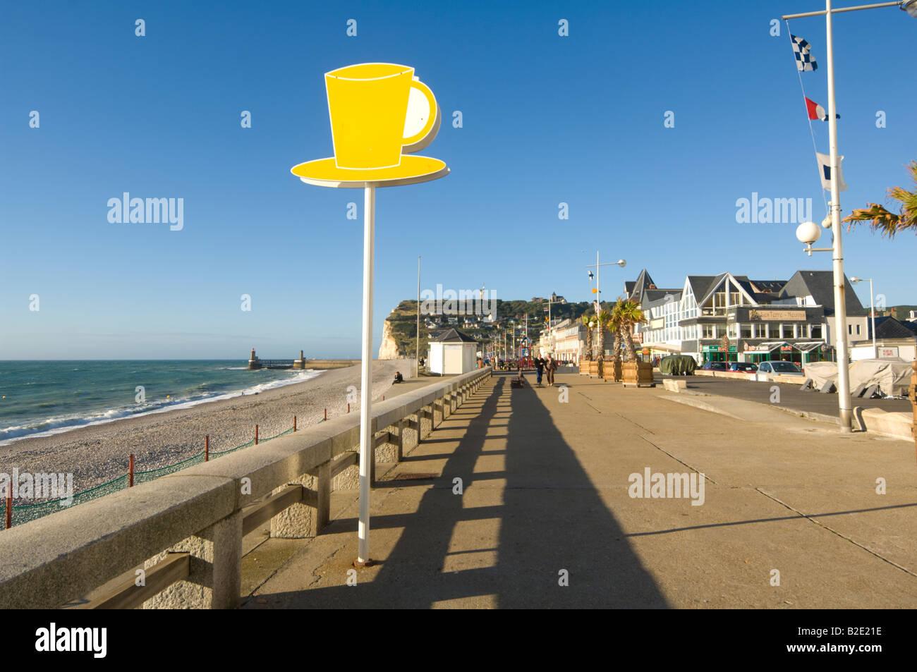 Fécamp et sa plage Promenade-de-fecamp-normandie-france-b2e21e