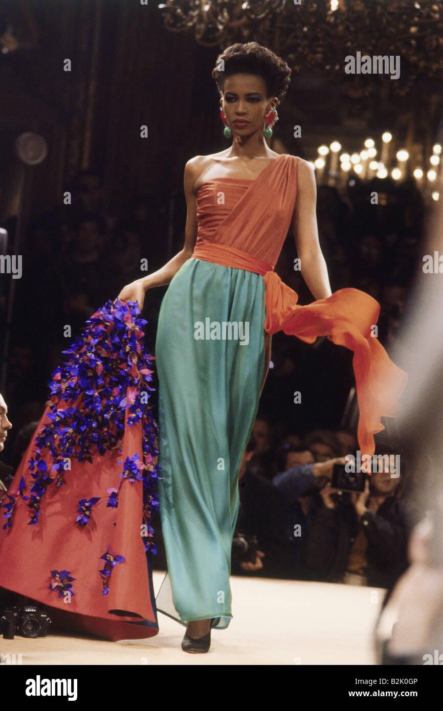La mode, mode, Haute Couture, Paris, Yves Saint Laurent, collection été 1989, Additional-Rights-Jeux-NA Photo Stock